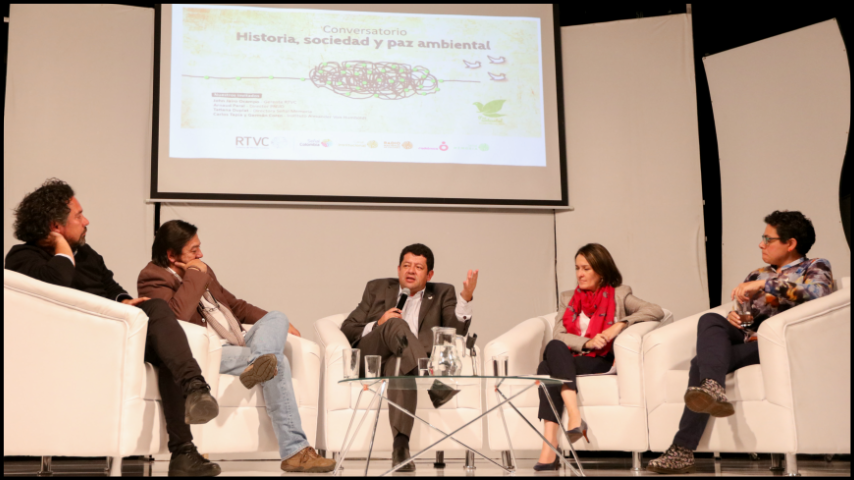 """""""Historia, Sociedad y Paz Ambiental"""""""